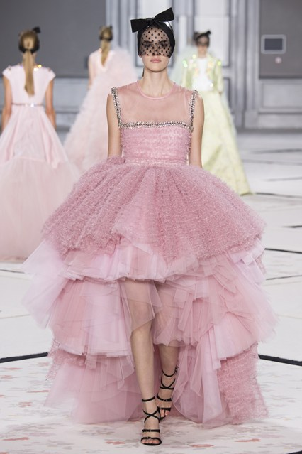 Giambattista Valli- Spring:Summer 2015. Vogue.co.uk p