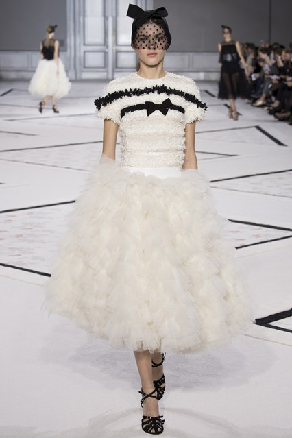 Giambattista Valli - Spring:Summer 2015. Vogue.co.uk