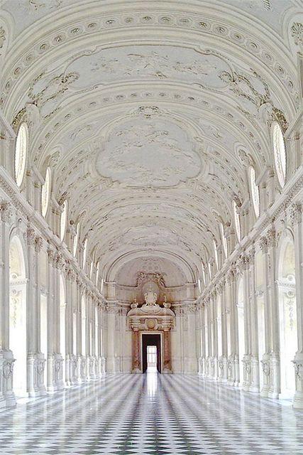 KARENMICHELLE || ARCHITECTURE