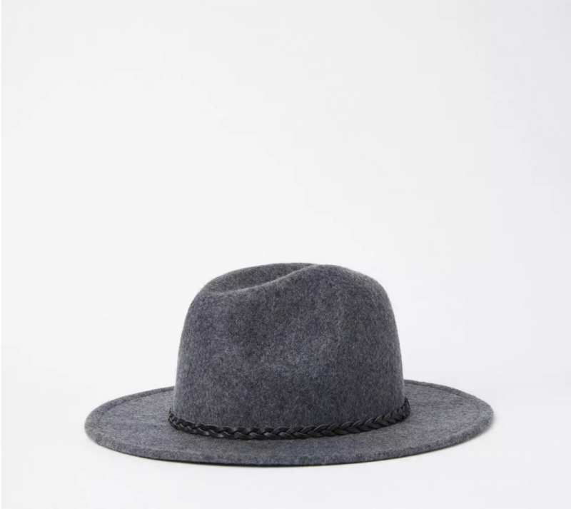 Style: The Seven Must-Have Hats You Need This Fall Season