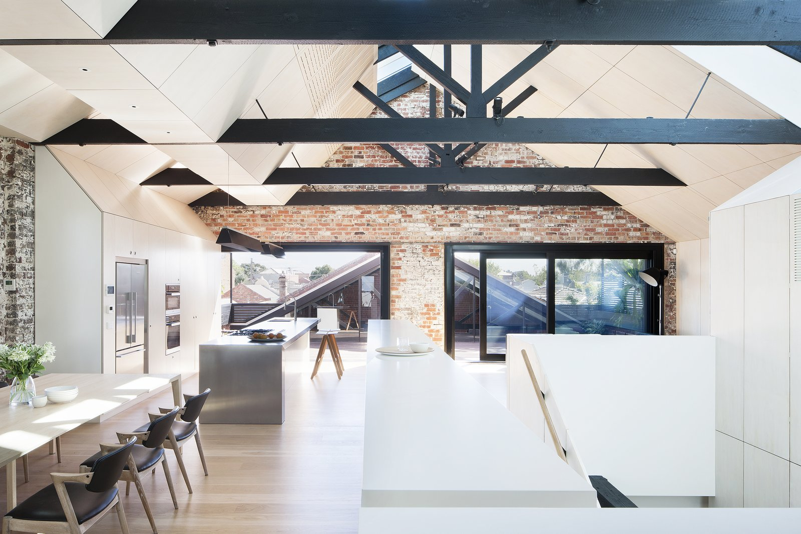 Interior Design: 6 Spaces with Beautiful Exposed Beams// Image via: Dwell